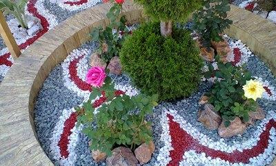 цветной щебень, цветной камень, ландшафтный дизайн